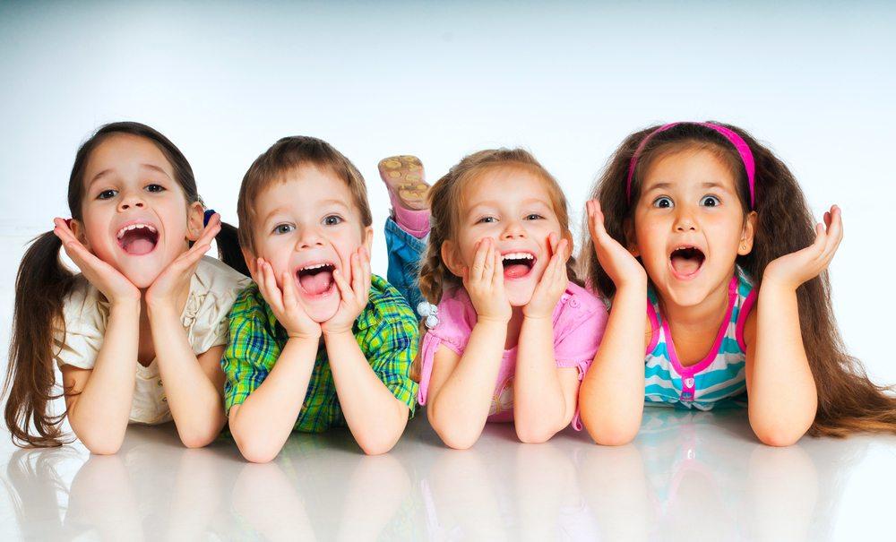 7 padomi kā izaudzināt laimīgākus bērnus